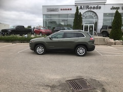 2019 Jeep New Cherokee North 4x4 v6 with heated seats, save 12% off MSRP! SUV