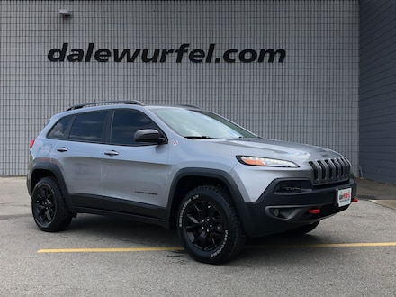 2016 Jeep Cherokee Trailhawk | LEATHER | HITCH | REMOTE START | SUV