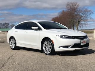 2015 Chrysler 200 Limited | HTD SEATS | REMOTE START | BACK UP CAM | Sedan