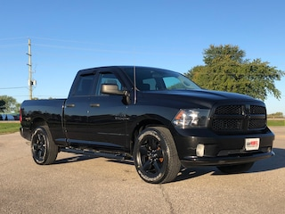 2018 Ram 1500 ST Express | BOARDS | HITCH | SPRAY IN | Truck Quad Cab