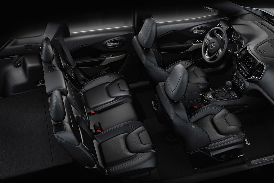 2021 Jeep Cherokee Interior
