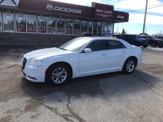 2018 Chrysler 300 - $194.80 B/W - Low Mileage Sedan