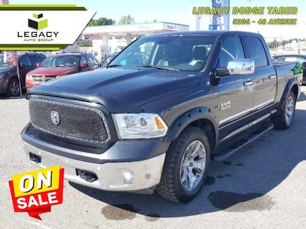 2015 Ram 1500 Laramie Limited Trade-in, Local, One Owner, Blueto Crew Cab 240HP V6 Cylinder Engine