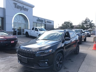2019 Jeep New Cherokee Altitude Blackout 4x2 SUV