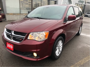 2019 Dodge Grand Caravan Premium Plus w/Navigation, Trailer Tow Group, Blue Van Passenger Van