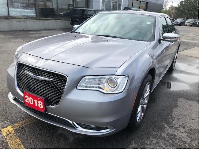 2018 Chrysler 300 Limited AWD V6 w/Pano Sunroof, Navi, Heated Wheel Sedan