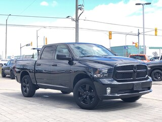 Used Vehicles For Sale 2018 Ram 1500 Express*Crew*4X4 Camion in Mississauga, ON