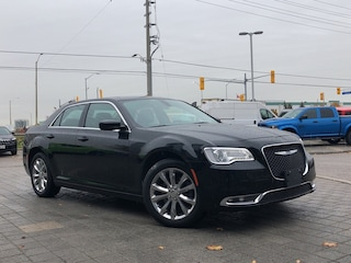 2017 Chrysler 300 Limited**AWD**Leather**NAV**Back UP Camera Sedan