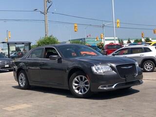 2018 Chrysler 300 Touring**NAV**Panoramic Roof**Leather Sedan