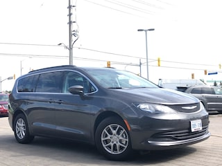 2019 Chrysler Pacifica Demo*Touring*8 Pass.*Trailer TOW GRP* LOW KM*