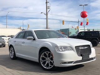 2018 Chrysler 300 300C**V8**Leather**Panoramic Sunroof**NAV** Sedan