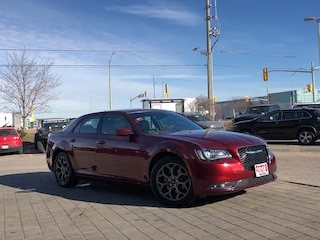 2018 Chrysler 300 300S*AWD*PAN Roof*Beats Audio GRP*Apple Carplay Sedan