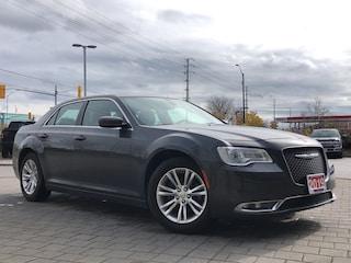 2019 Chrysler 300 Touring L**Leather**NAV**Panoramic Sunroof** Sedan