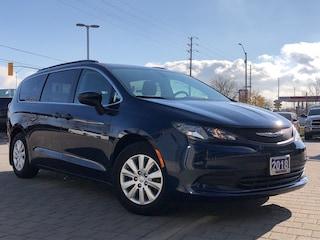 2018 Chrysler Pacifica L**Touchscreen**DVD**Apple CAR Play**Stowngo
