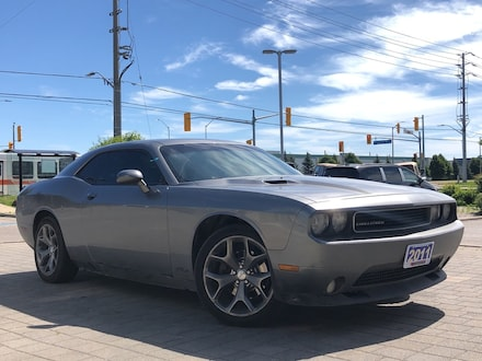 2011 Dodge Challenger SXT**Leather**Sunroof**Touchscreen** Coupe