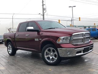 2017 Ram 1500 Laramie**4X4**Crew**Leather**8.4 Screen** Truck