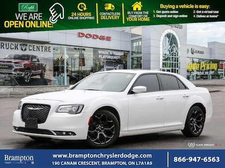 2019 Chrysler 300 S*NAV*DUAL PANO*CLEAN CARFAX*LEATHER*CAR PLAY*MINT Sedan
