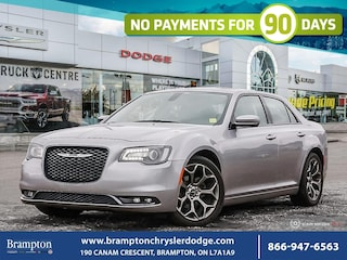 2017 Chrysler 300 S*NAV*PANORAMIC ROOF*LEATHER*HEATED*NO ACCIDENTS*  Sedan