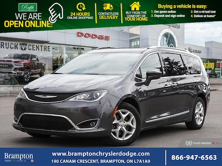 2017 Chrysler Pacifica Touring L Plus**LEATHER**NAV**DVD** Minivan/Van