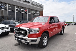 2019 Ram All-New 1500 Big Horn DUAL-PANE SUNROOF/UCONNECT/BLIND SPOT DETECTION  Truck Crew Cab