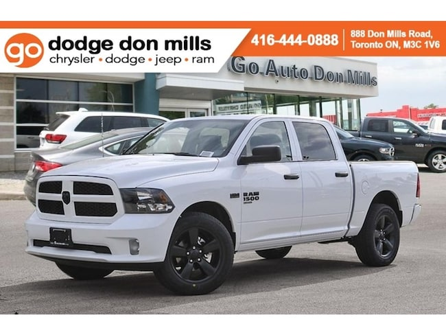 2019 Ram 1500 Classic Express - Company Demo - Blackout Package - Wheel Truck Crew Cab