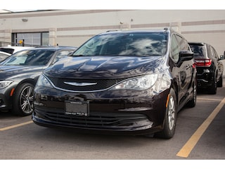 2017 Chrysler Pacifica 1 Owner *  Touring * 3.6L V6 * Security Group *