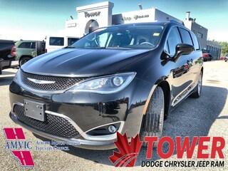 2018 Chrysler Pacifica Touring-L Plus - 2 HEADREST ENTERTAINMENT SYSTEMS Van Passenger Van