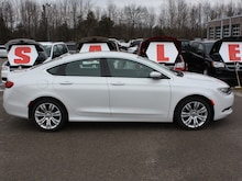 2015 Chrysler 200 Limited ***  LOW K.. Very clean! Sedan