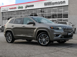 2019 Jeep New Cherokee Overland - Non-Smoker - One Owner SUV