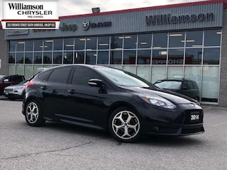 2014 Ford Focus ST ST - Leather Seats -  Bluetooth Hatchback