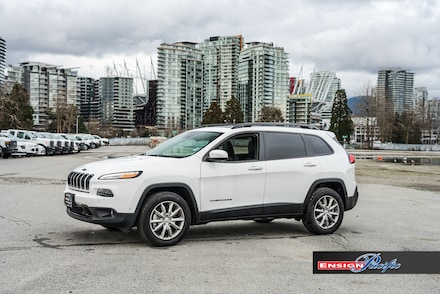 2017 Jeep Cherokee 4x4 Limited SUV for sale in Vancouver, BC