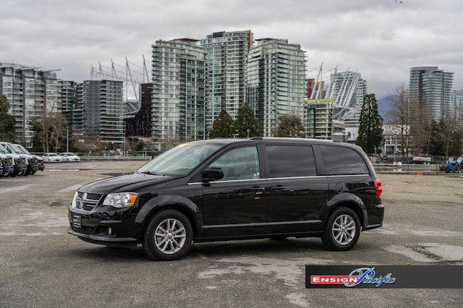 2018 Dodge Grand Caravan SXT Premium Plus - Full Stow and Go Minivan