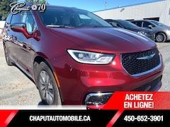 2021 Chrysler Pacifica Hybrid Limited Van