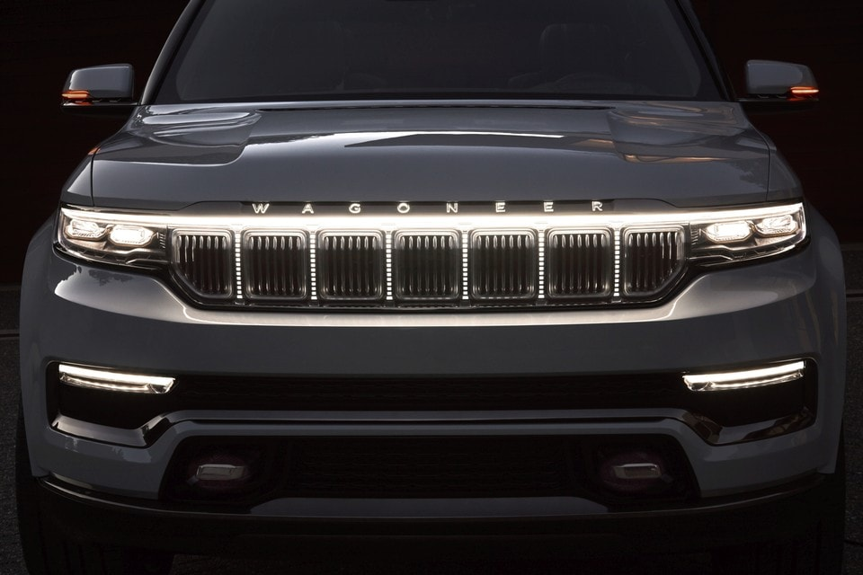 Jeep Grand  Wagoneer exterior front lights