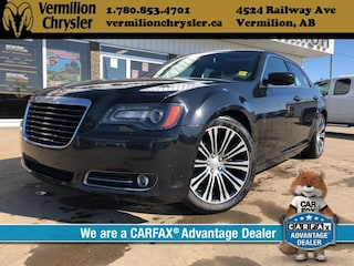 2013 Chrysler 300 S, NAV, Pano Sunroof, Heated Leather Sedan