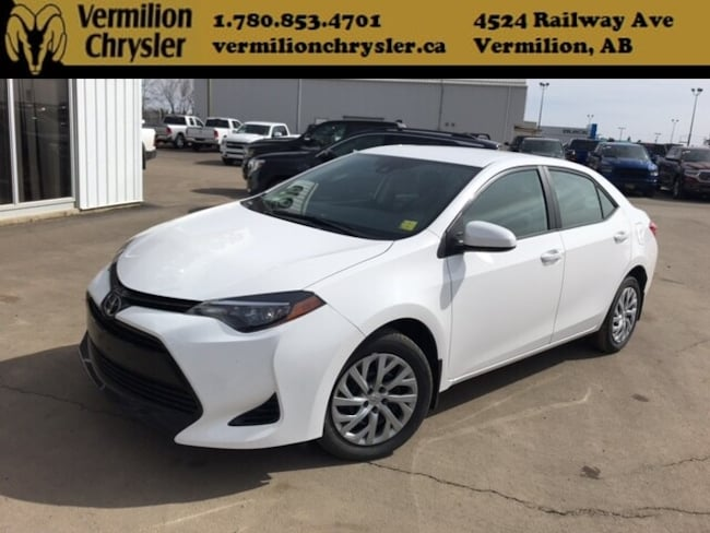 2018 Toyota Corolla LE, Lane Assist, Dynamic Radar Cruise, Heated Seat Sedan