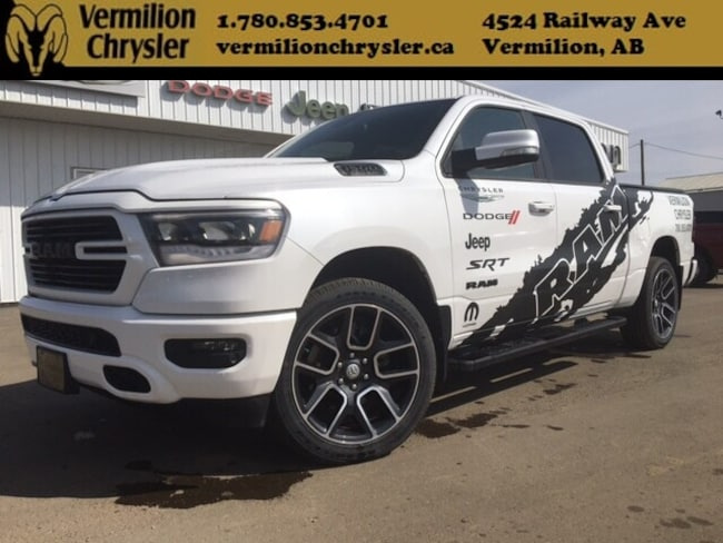 2019 Ram 1500 Sport *Manager Demo* H/C Leather, NAV, Box Cover,  Truck Crew Cab