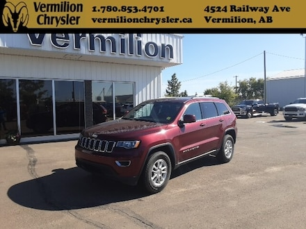 2018 Jeep Grand Cherokee Laredo, Back-up Camera & Sensors, Bluetooth SUV