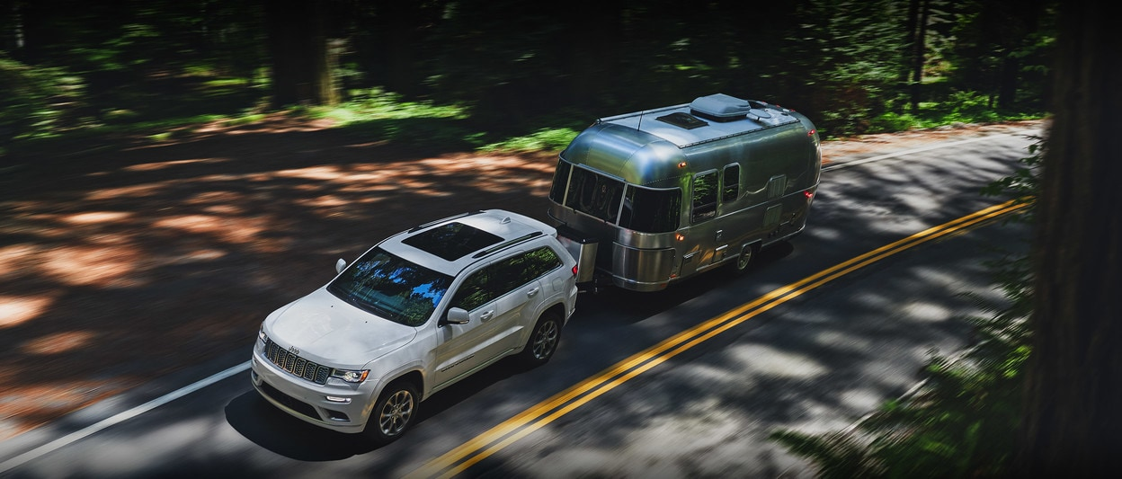 2020 Jeep Grand Cherokee Towing Trailercamp Wood