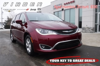 2018 Chrysler Pacifica Hybrid Touring Plus Van 5705 2C4RC1H71JR143195