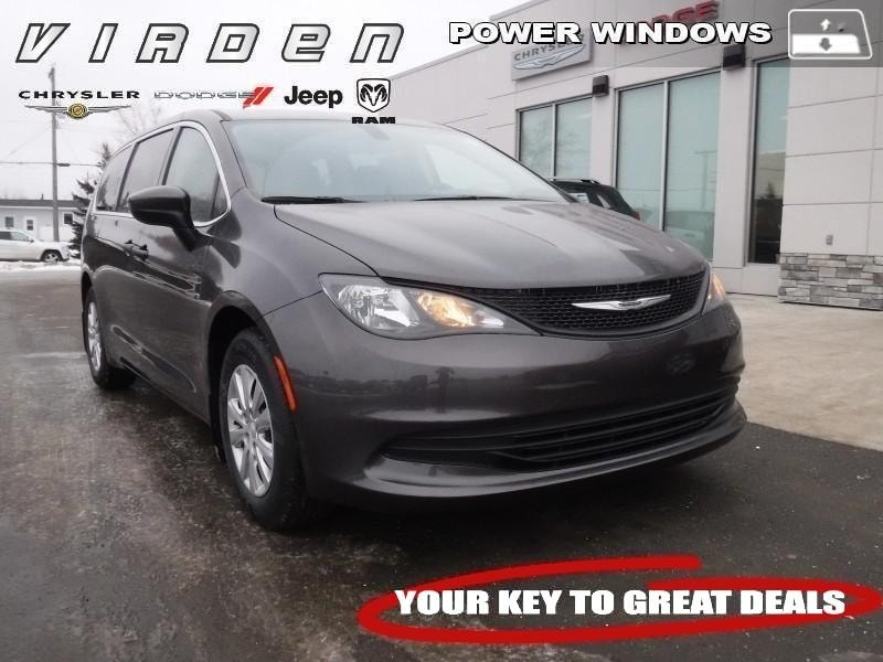 2018 Chrysler Pacifica L Van 5595