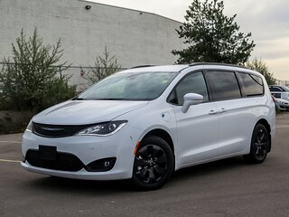 2020 Chrysler Pacifica Hybrid Limited   Advanced Safety Tec   Dual DVD Van