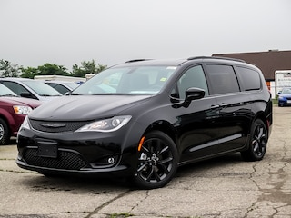 2020 Chrysler Pacifica Touring-L Plus/S Appearance/Nav/Theatre Group Van
