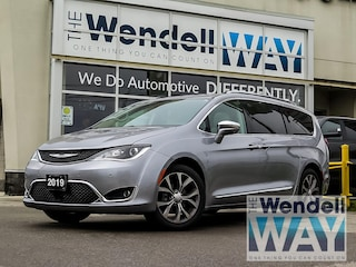 2019 Chrysler Pacifica Limited| Advanced Safety Tec| Alpine Sound|1 Owner Van