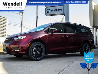 2021 Chrysler Pacifica Touring-L Plus | Sunroof | FamCam | AWD Van