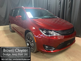 New 2020 Chrysler Pacifica Launch Edition, DVD, Uconnect 4C NAV With 8.4
