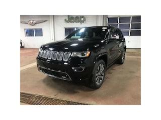 2018 Jeep Grand Cherokee Overland 4X4 / Sunroof / AIR Suspension SUV 1C4RJFCG0JC233473