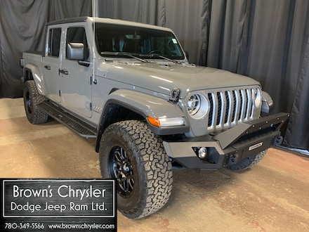 Featured Used 2020 Jeep Gladiator OVERLAND/ Fully customized/ Low interest rates for sale in Westlock, AB
