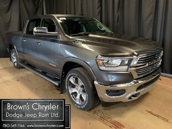 2019 Ram All-New 1500 Crew CAB Laramie 4X4 / Level 2 Equipment Group Truck Crew Cab 1C6SRFRT5KN562536