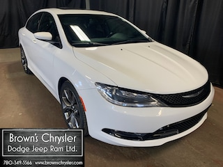 Used 2016 Chrysler 200 S Model All Wheel Drive, Leather, Sunroof and 8.4